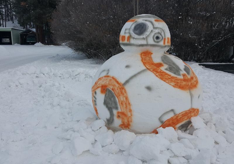 BB8 Snow Sculpture